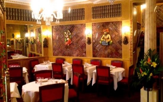 salle restaurant nirvana paris indien